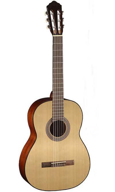 השאלת כלי- גיטרה קלאסית